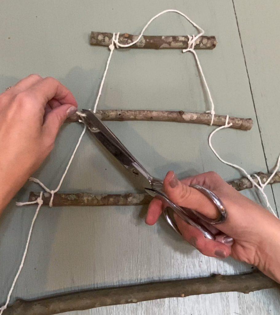 How to Make a Twig Christmas Tree 4